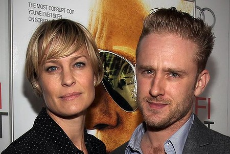 Cougar Robin Wright and toyboy lover
